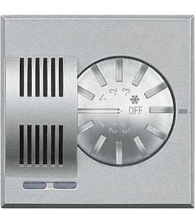 BTicino Электронный комнатный термостат с переключателем режимов *зима-лето*, 2 А, 250 В, цвет - серебро